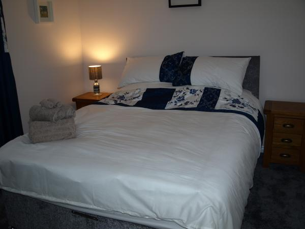 2nd Bedroom (can be made up as either king sized bed or two singles)